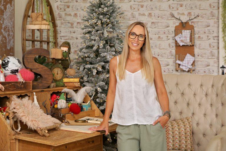 Kath Carr on Santa Haus set